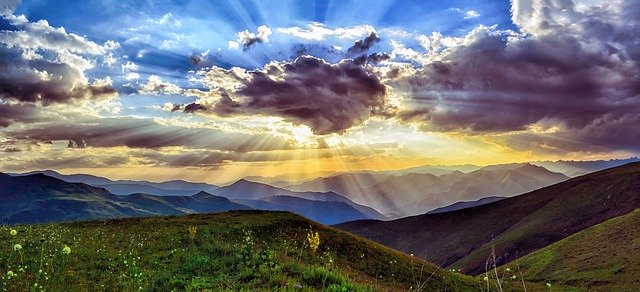 Dlaczego warto pojechać latem w polskie góry?